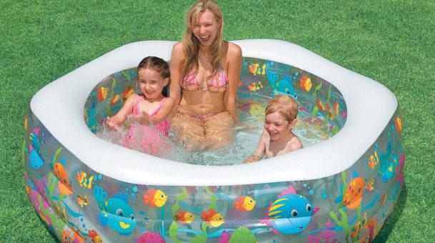 Надувные бассейны: здоровый отдых с ребенком